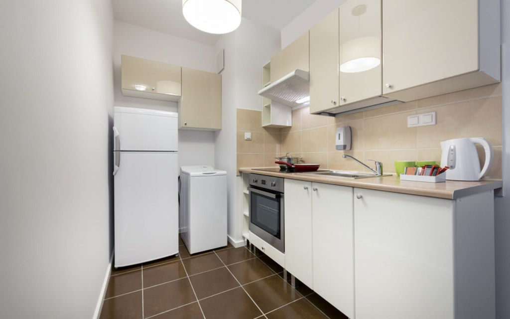 Light Colours in Small Kitchens
